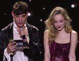 La surrealista actitud de César Vicente en LOS40 Music Awards para desesperación de Ester Expósito