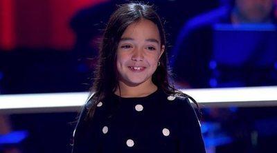 """La gracia de la pequeña Manuela obnubila a los coaches en 'La Voz Kids': """"No puedo apartar la mirada de ella"""""""