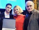 Los protagonistas de 'Merlí' se reencuentran recibiendo el Premi Nacional de Comunicació de la Generalitat