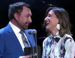 """La pícara intervención de Susi Caramelo y José Manuel Parada en los Premios Iris: """"No lo olvidaré en mi vida"""""""