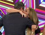 Marta López y Alfonso Merlos se besan por primera vez en directo en 'Ya es mediodía'