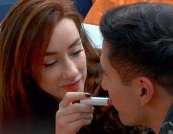 Adara y Gianmarco vuelven a sucumbir a la pasión y se besan en El tiempo del descuento'