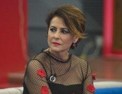 Irma Soriano se enfrenta a un hombre para defender a una azafata