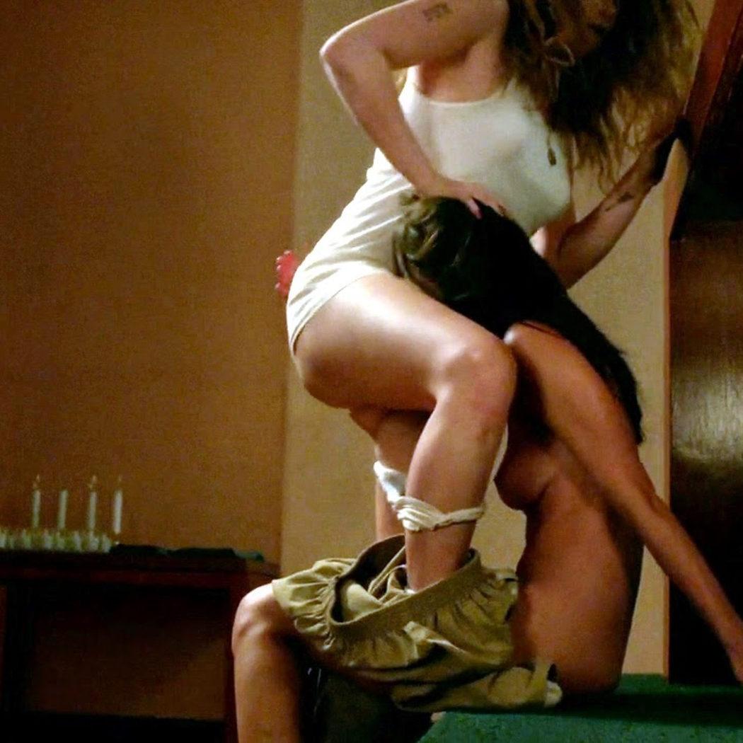 Natasha Lyonne y Kimiko Glenn, desnudas, mantienen sexo en 'Orange Is the New Black'
