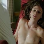 Elena Rivera, desnuda, enseña las tetas en 'Cuéntame cómo pasó'