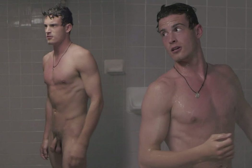 Alex Purdy, totalmente desnudo, enseña el pene en 'Sex and Violence'