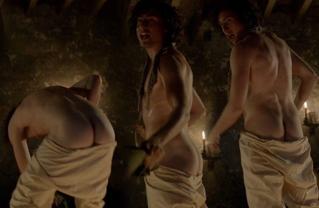 Rory Fleck Byrne, desnudo, enseña el culo en 'Harlots'