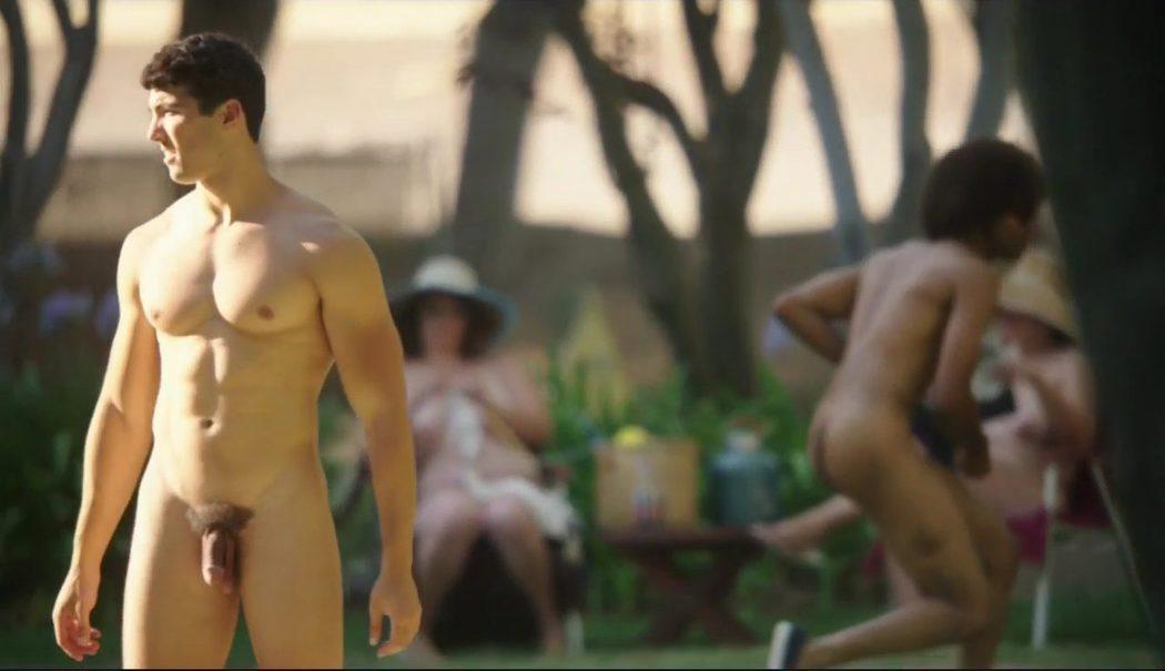 Michael McColl, completamente desnudo, enseña el pene en 'Masters of Sex'