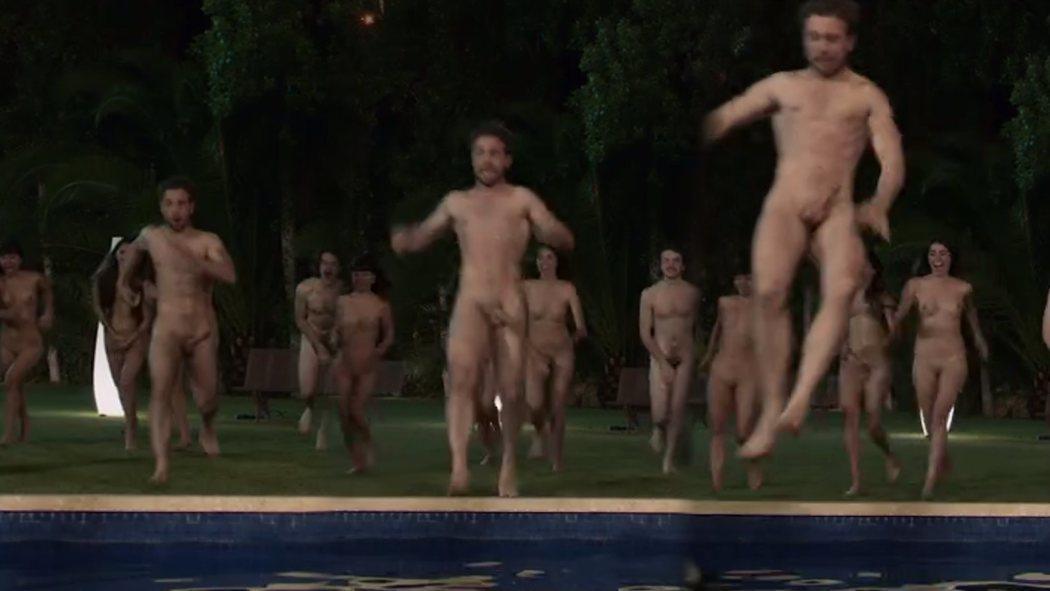 Carlos Cuevas, completamente desnudo, enseña el pene 'Merlí: Sapere Aude'