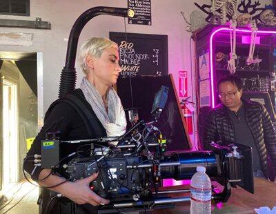 Así fue la carrera de Halyna Hutchins, la directora de fotografía que ha muerto por accidente en el set de 'Rust'