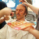 Jose Antonio Canales Rivera lleva bigote en 'Anónimos'