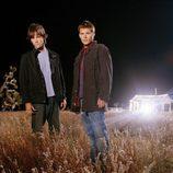 Los hermanos Dean y Sam Winchester de Supernatural, encarnados por Jared Padalecki y Jensen Ackles