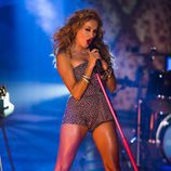 Paulina Rubio cantando en 'Fama'