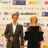 Imanol Arias y Ana Duato durante la Gala de los Premios de la Academia de TV
