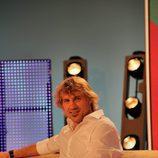 Julian Iantzi en el plató de 'Vaya par... de tres'