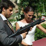 Lucas reaparece en la boda de Pepa y Silvia