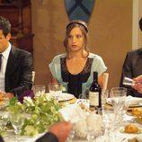 Aitor, Sara y Lucas en el banqute de Pepa y Silvia