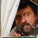 Paco dispara en 'Los hombres de Paco'