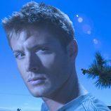 Jensen Ackles como Dean Winchester