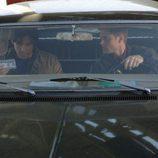 Los Winchester en un coche en Sobrenatural