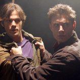 Dean y Sam Winchester se pelean