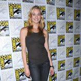Yvonne Strahovski posa durante Comic Con 2009
