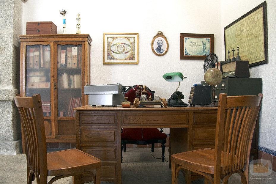 Despacho del profesor de Estudios Muggles 11304_despacho-de-maestro