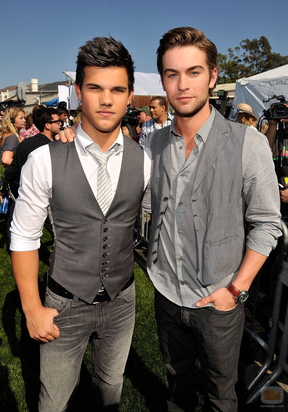 A bit of me 11511_taylor-lautner-y-chace-crawford