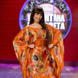 Pilar Rubio, con vestido llamativo, presentadora de 'La ventana indiscreta'
