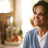 Sally Field sonríe en 'Cinco hermanos'