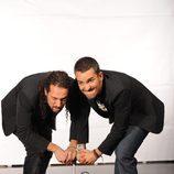 Juan y Damián en una foto promocional de 'El hormiguero'