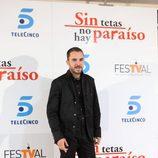 Manolo Cardona en la première de 'STNHP'