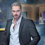 Manolo Cardona en una foto promocional
