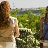 Cata y Jessica hablando