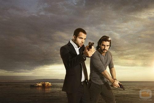 Carles Francino y Antonio Hortelano en la serie 'Punta escarlata'