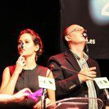 Mara Torres y Fran Llorente con la cuchara en la nariz
