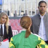 Adam Rodriguez y Emily Procter en un capítulo de 'CSI: Miami'