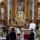 Blanca y Martín en el altar en 'Renuncias'