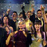 Los actores de 'Cuéntame...' te desean '¡Feliz 2010!'