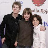 Patrick Criado (Nuño, hijo de La Marquesa), Guillermo Campra (Alonso, hijo de Gonzalo) y Oscar Casas (amigo de Alonso)