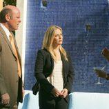 Emily Procter y Rex Linn en 'Volar y Fugarse'