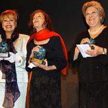 Emma Penella junto a Mariví Bilbao y Gemma Cuervo en los Premios Jubilo 2005