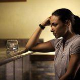 Isabel Serrano bebe en 'Acusados'
