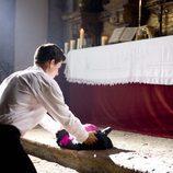 El Padre Ángel cuelga la sotana