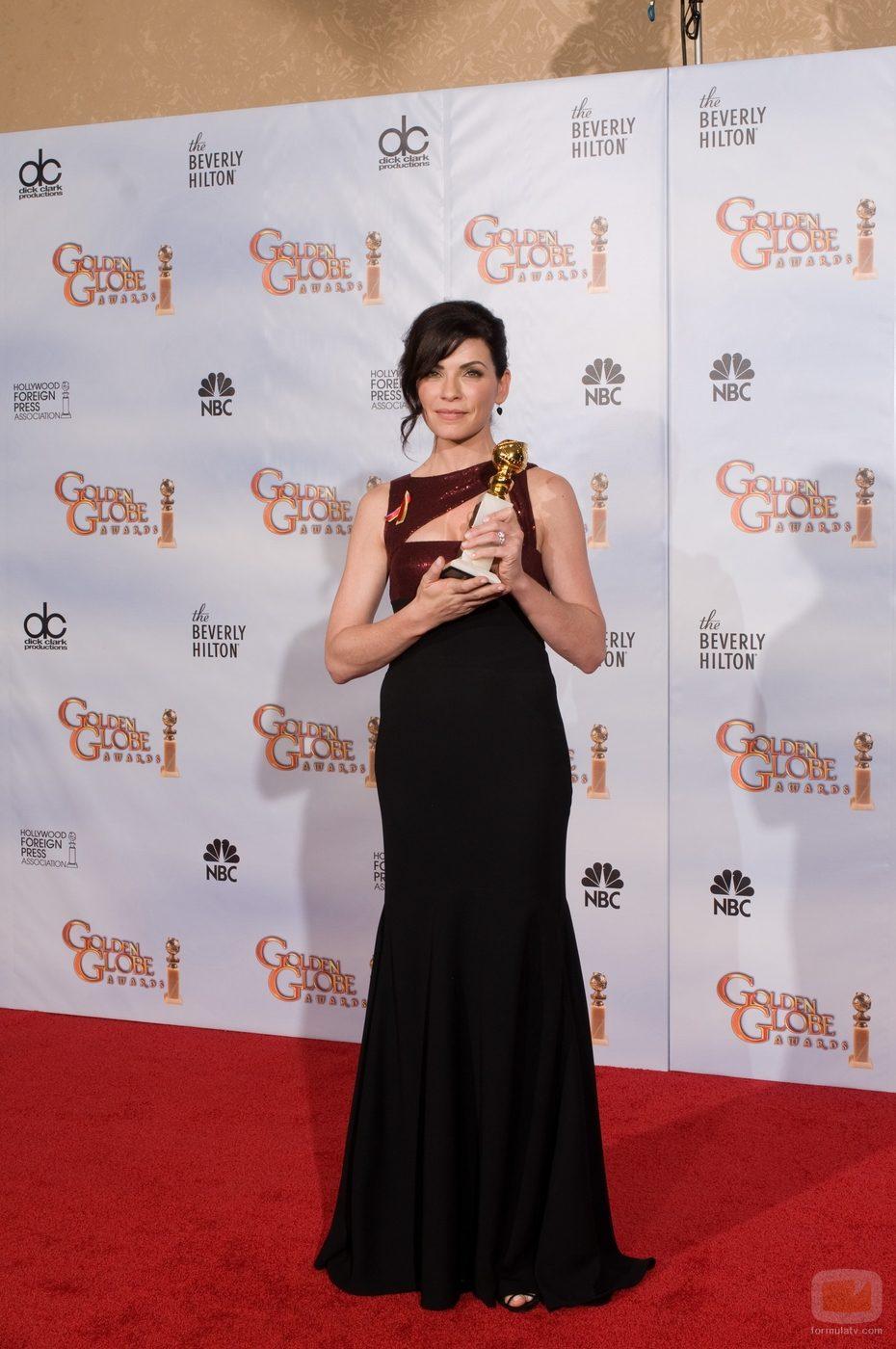 Julianna Margulies en los Globos de Oro 2010