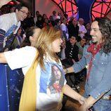 Ángel se encuentra con sus primeros fans