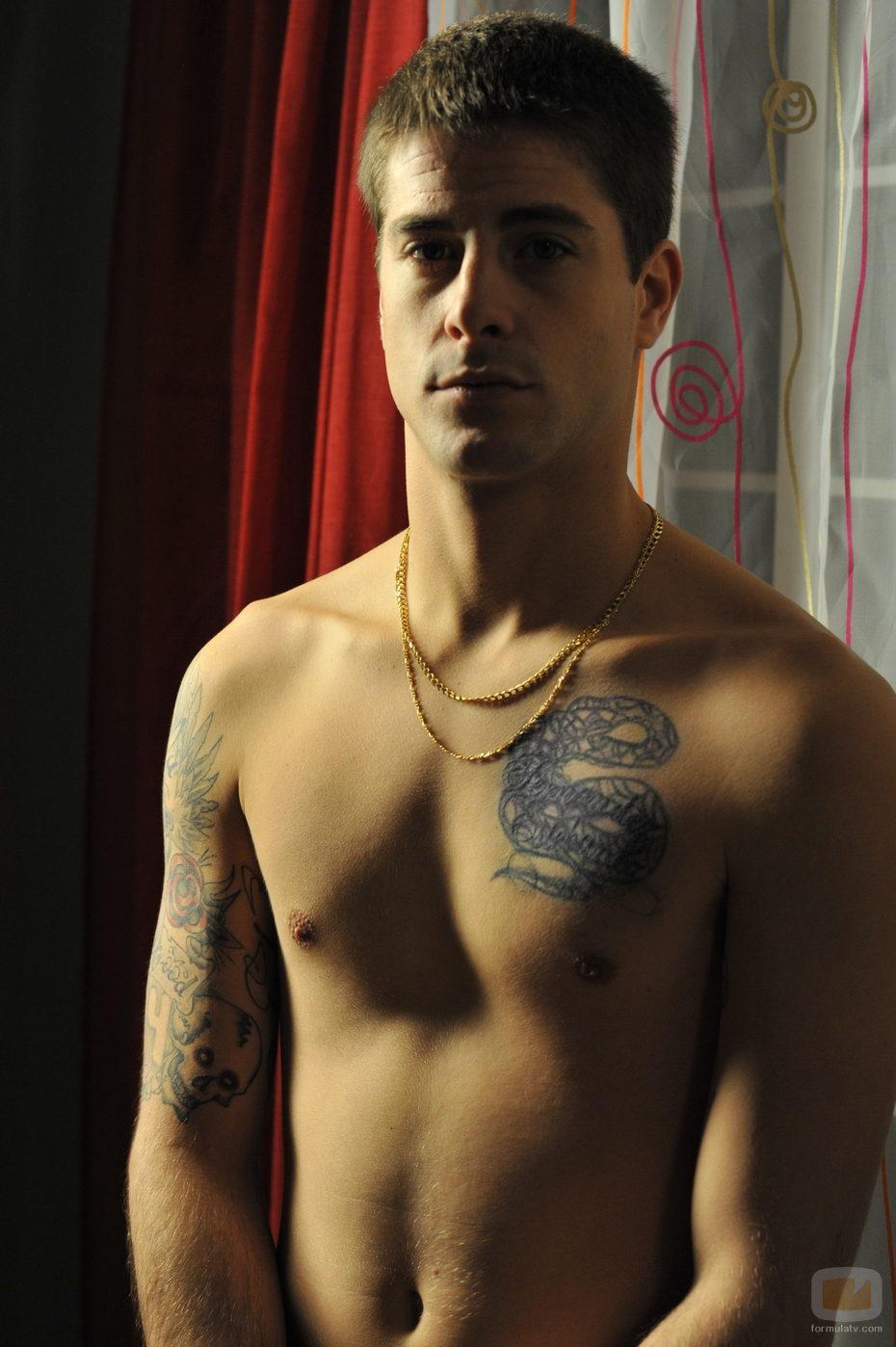 Luis Fernández, Culebra, desnudo