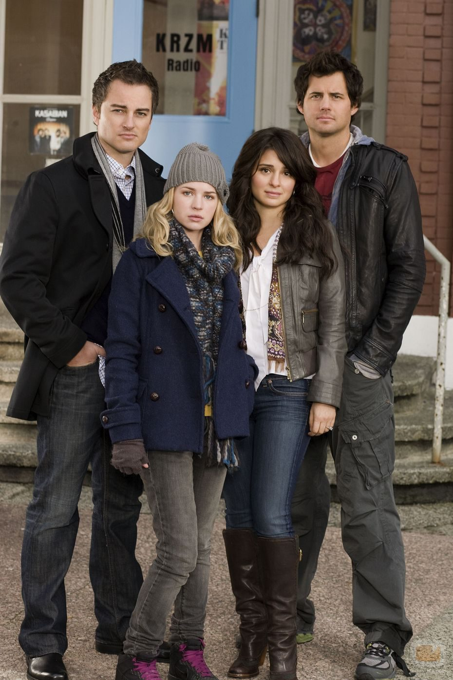 Brittany Robertson lidera 'Life Unexpected'