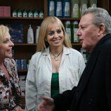 Carlos Larrañaga, Emma Ozores y Concha Cuetos