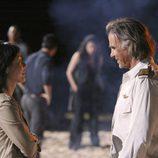 Frank Lapidus y Sun en charlan en 'Lost'